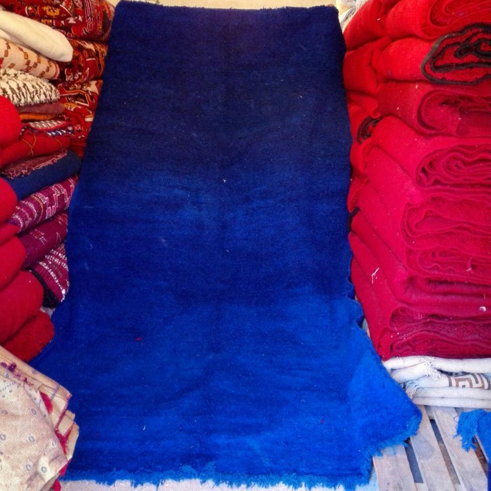 tapis de beni m'guild bleu, berbère